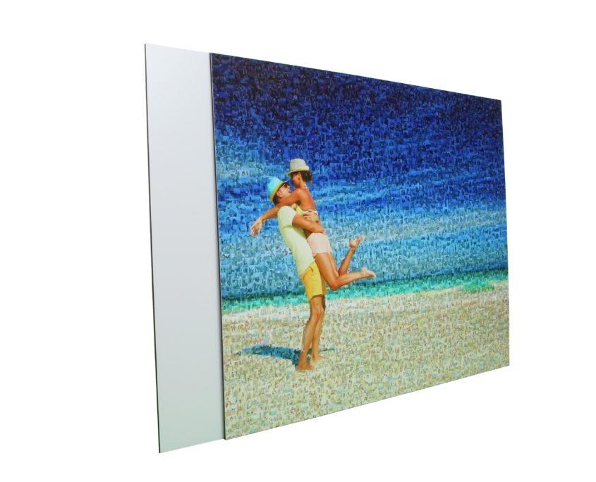 Teilmosaik auf DiBond Paar am Strand